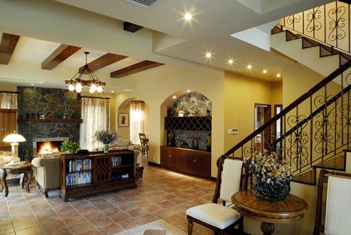 别墅美式风格客厅_错层别墅的经典美式乡村风格装修图