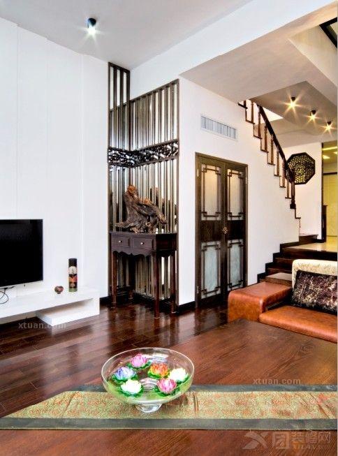 复式楼现代简约客厅入户花园_保利茉莉公馆160平户型