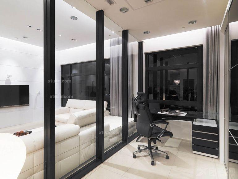 三居室现代简约阳台软装