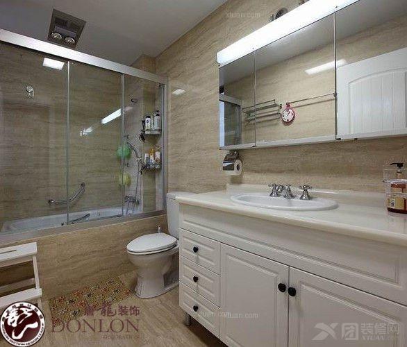 两室一厅美式风格浴室