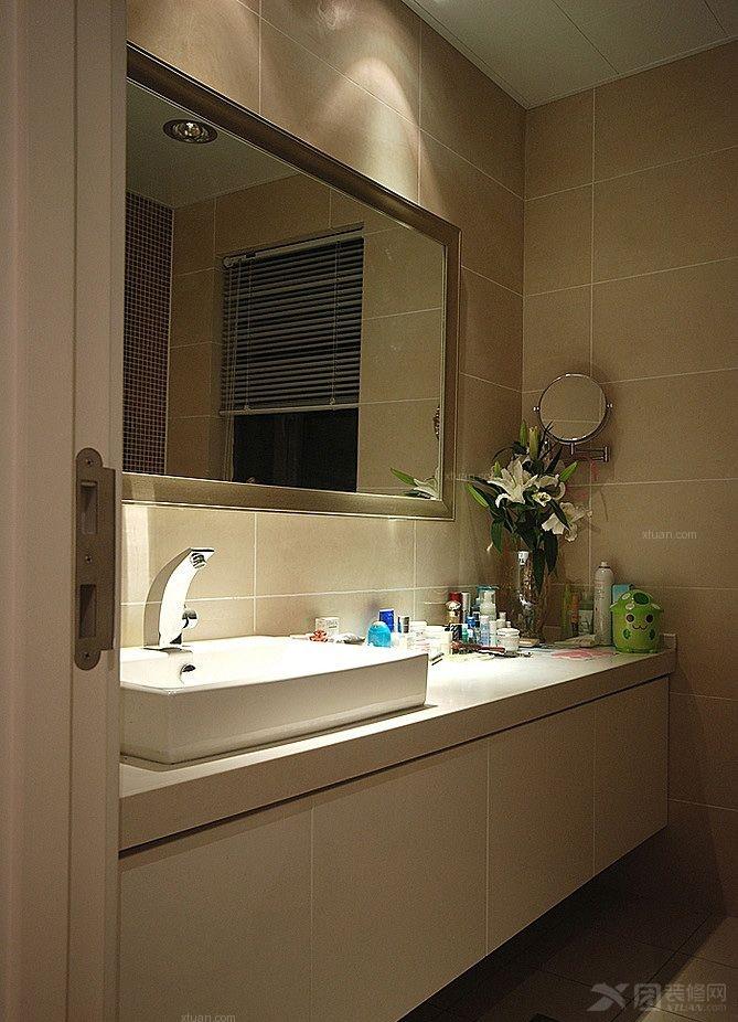 两室两厅现代风格洗手间