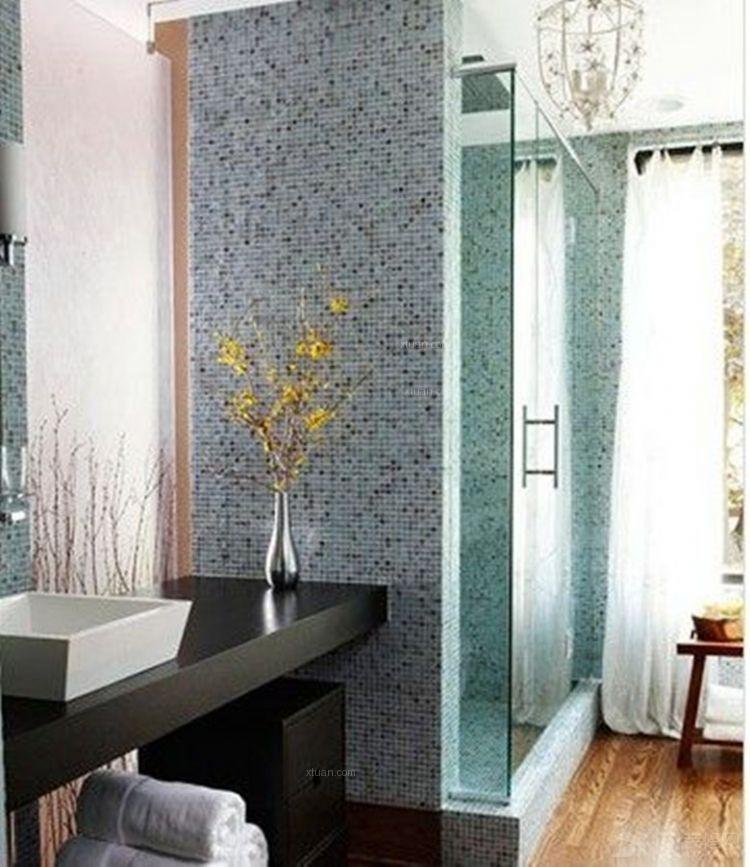 两室两厅浴室
