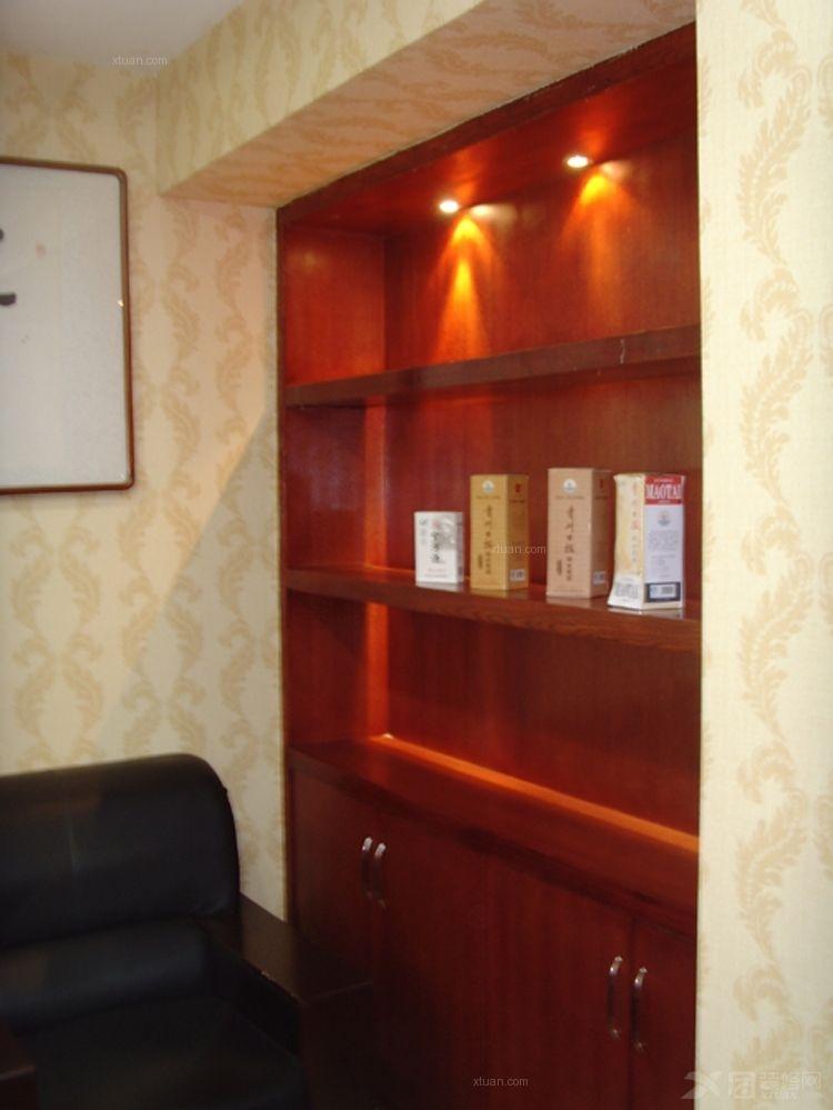 贵州日报社508办公室装修