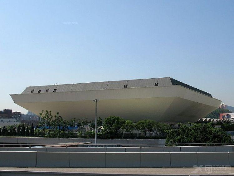 舟型体育馆