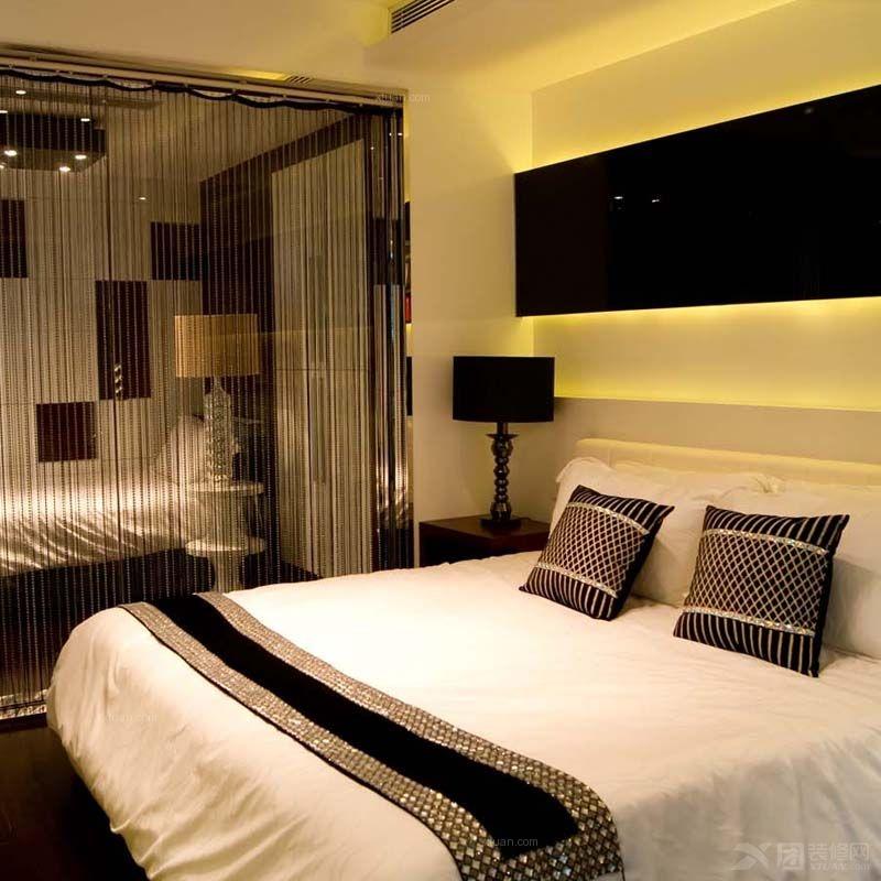 跃层现代风格卧室