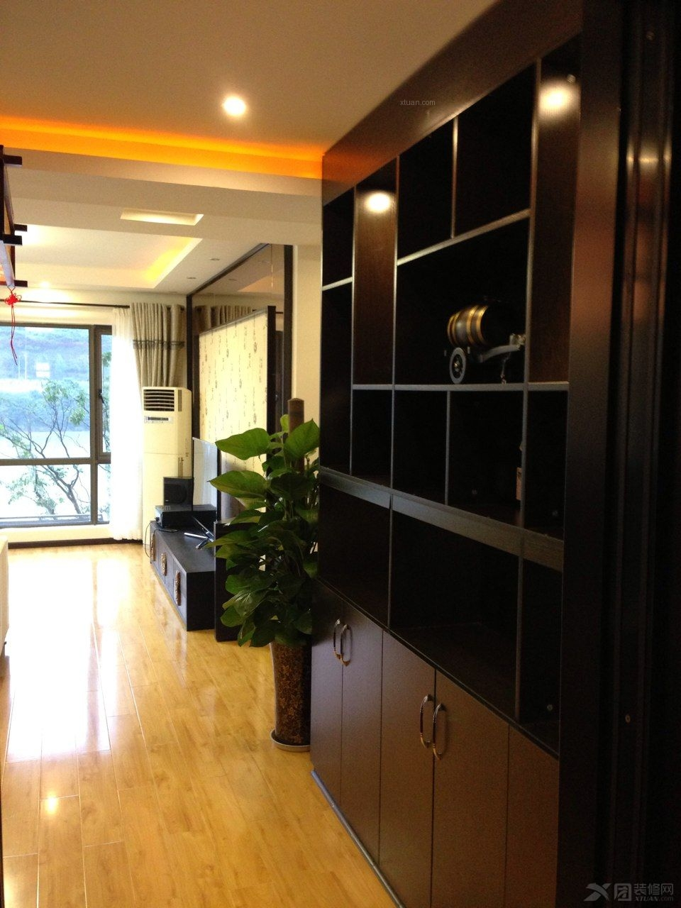 三室两厅中式风格餐厅_桃花岛130平户型装修效果图-x