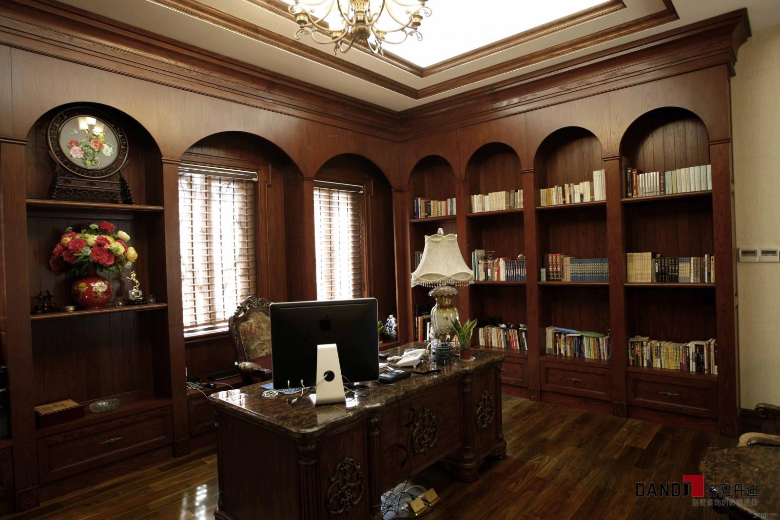 别墅欧式风格浴室_兰乔圣菲800平别墅豪宅装饰装修图图片