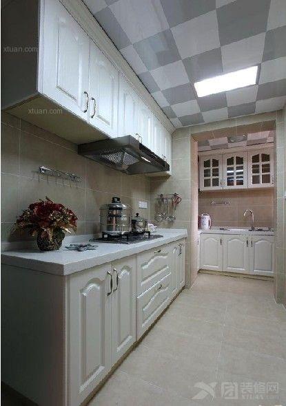 三居室现代简约厨房隔断