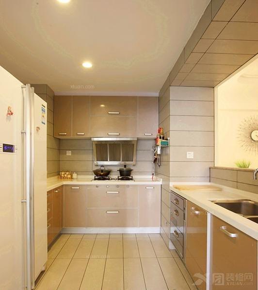 大户型现代简约厨房