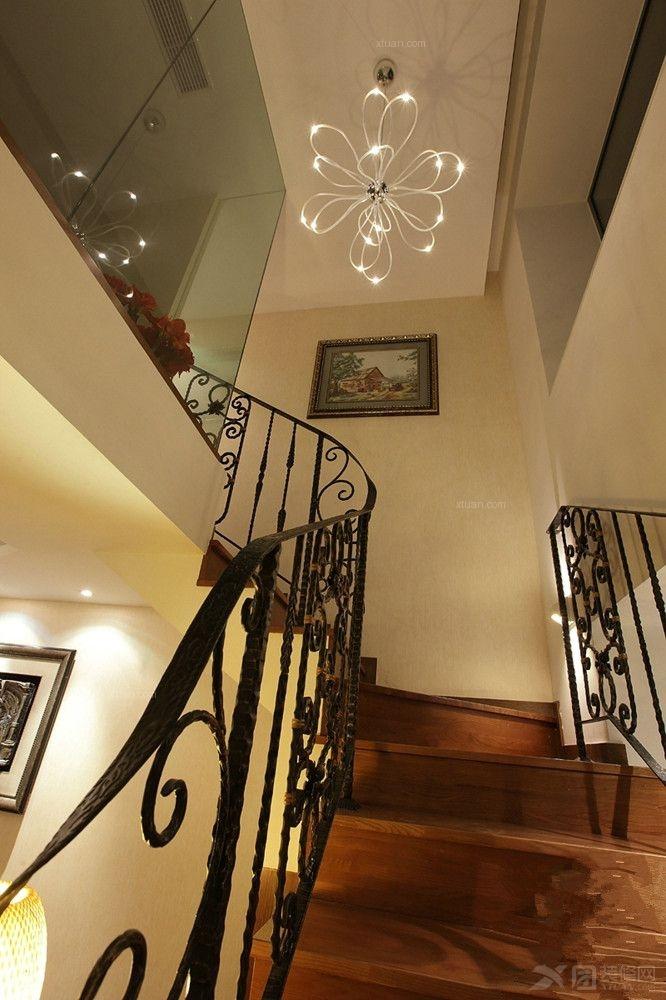 别墅美式风格阁楼