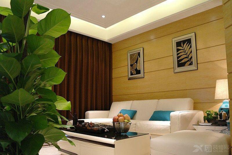 两居室现代简约客厅隐形门