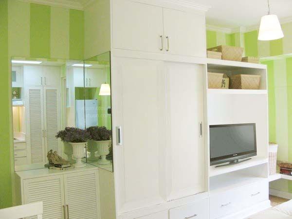 一居室现代简约交换空间