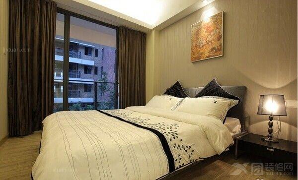 三居室简约风格卧室