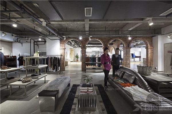 成都私享高端尊贵定制服装店铺设计—宝莉莲华个人CI定制中心
