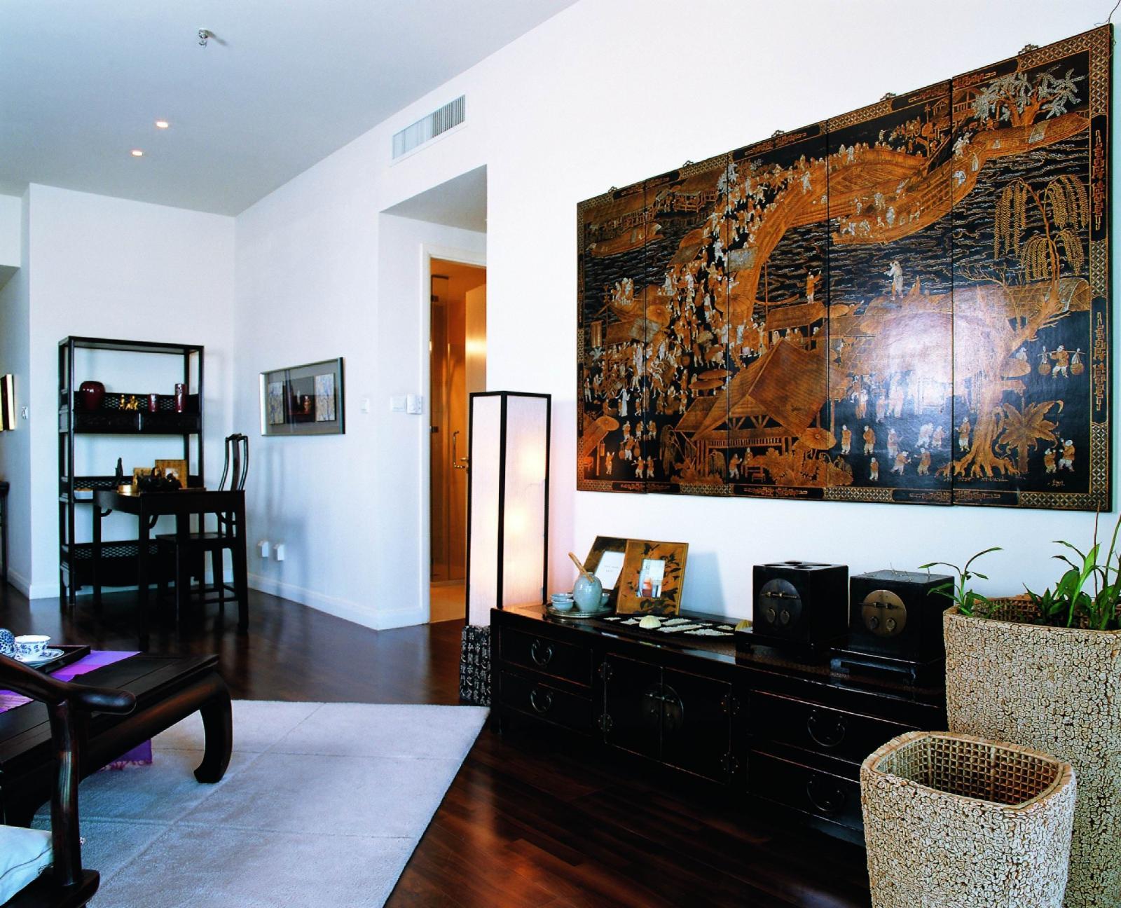 老房中式风格客厅照片墙_万泽御河湾装修效果图-x团图片