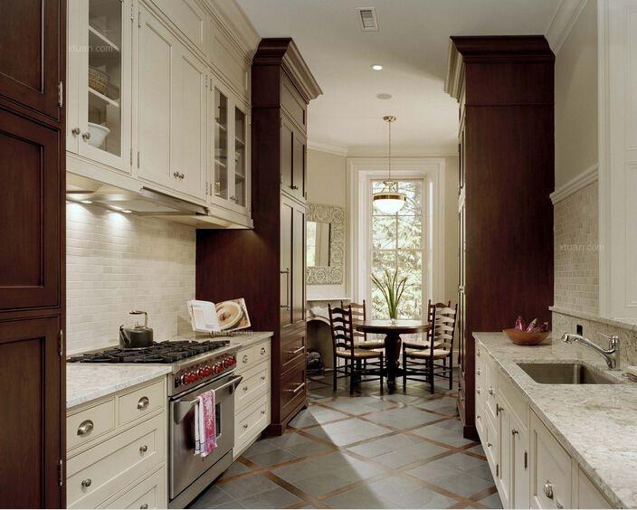 复式楼厨房图片