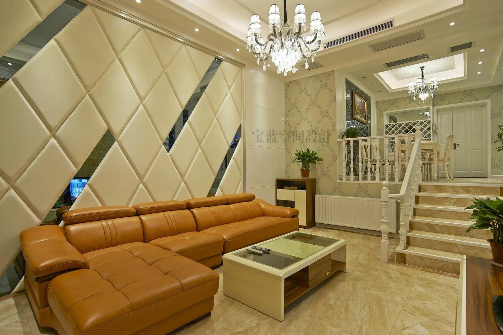 三居室欧式风格客厅照片墙