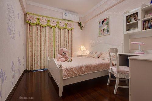 三室两厅现代简约小卧室