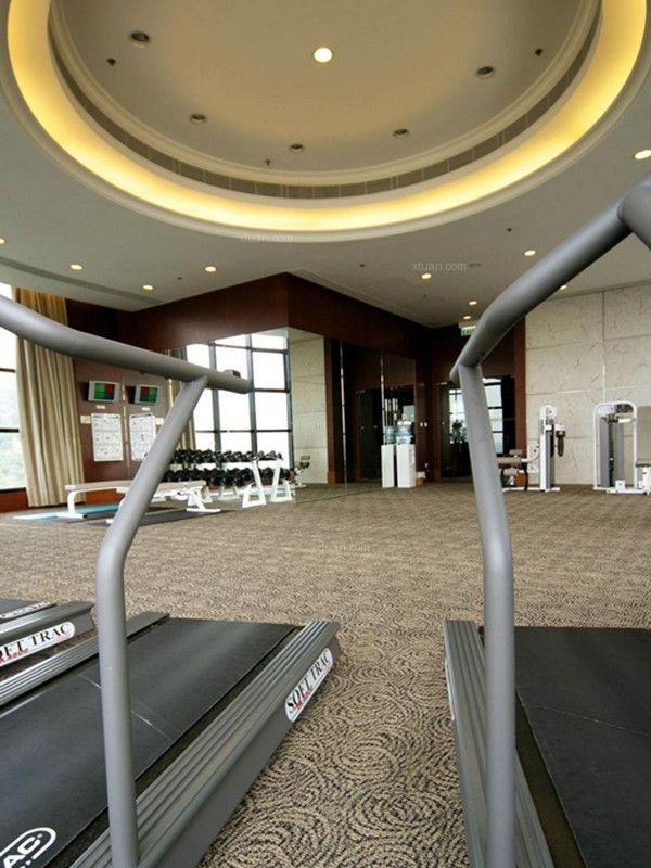 现代风格健身房