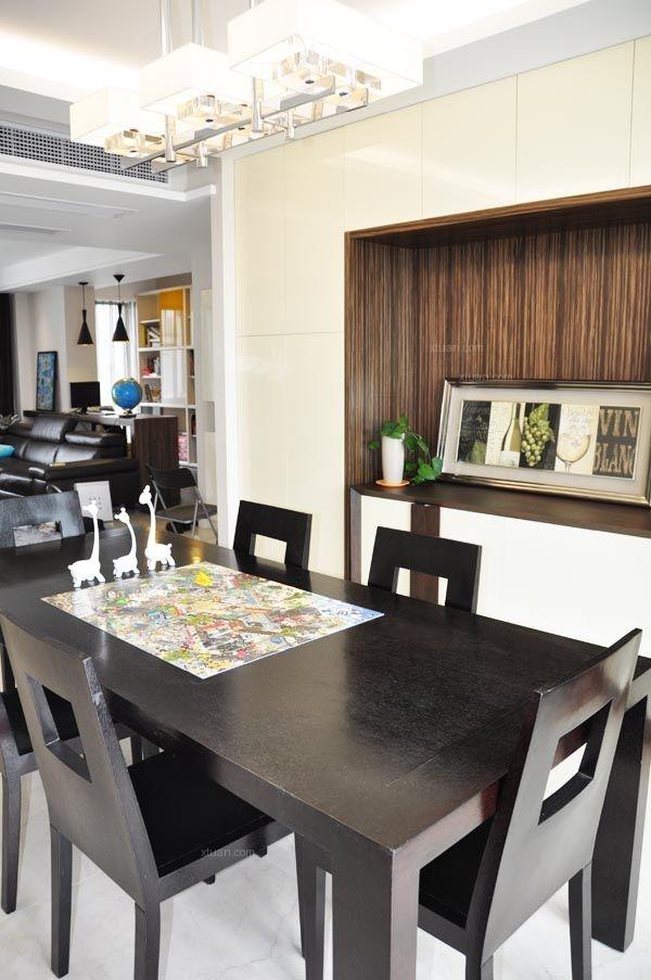三居室现代风格餐厅