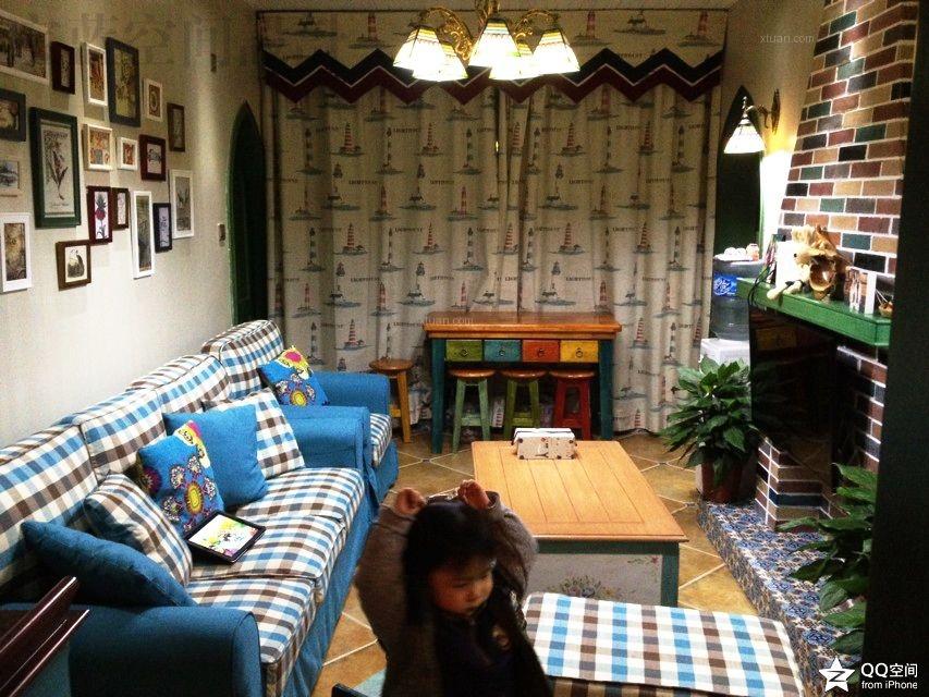 两居室地中海风格客厅照片墙