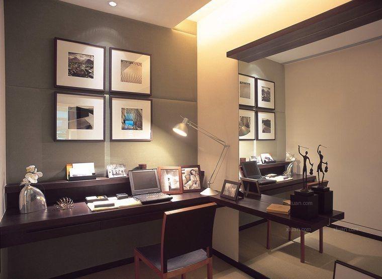 三室两厅现代风格书房