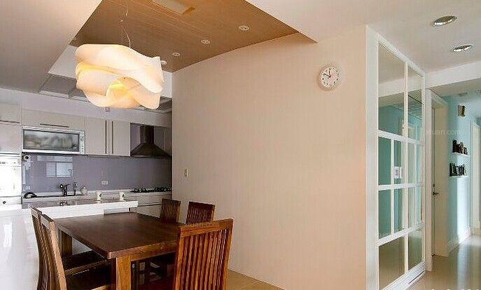 两居室现代简约餐厅圆形吊顶