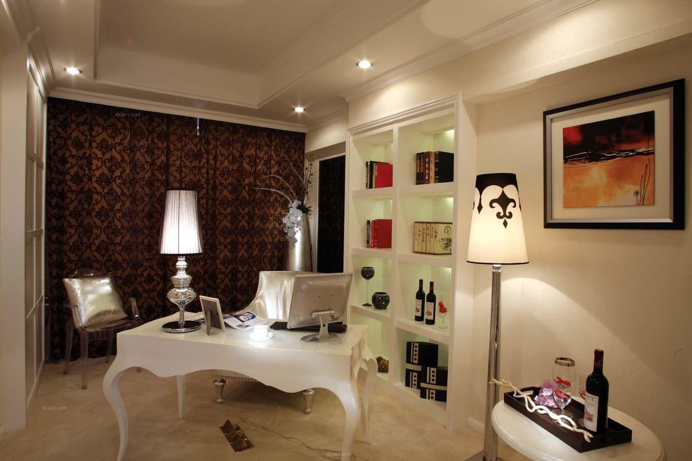 三室两厅书房照片墙