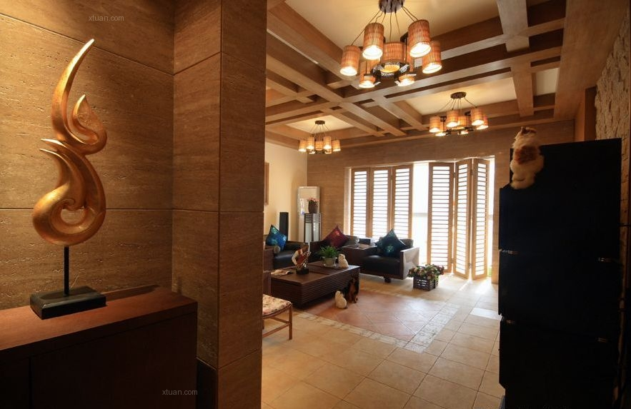三室两厅东南亚风格客厅