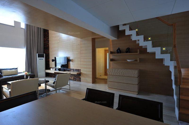 复式楼现代风格客厅软装