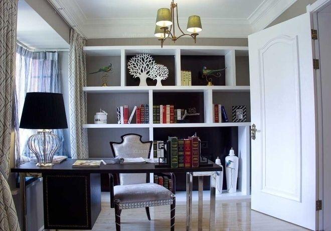 四居室美式风格书房地台