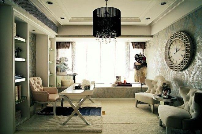 三居室欧式风格客厅墙绘