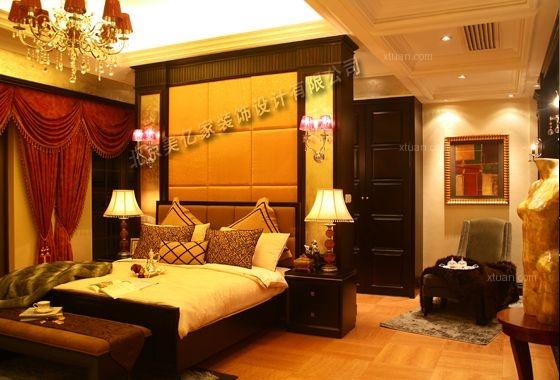 别墅欧式风格卧室沙发背景墙