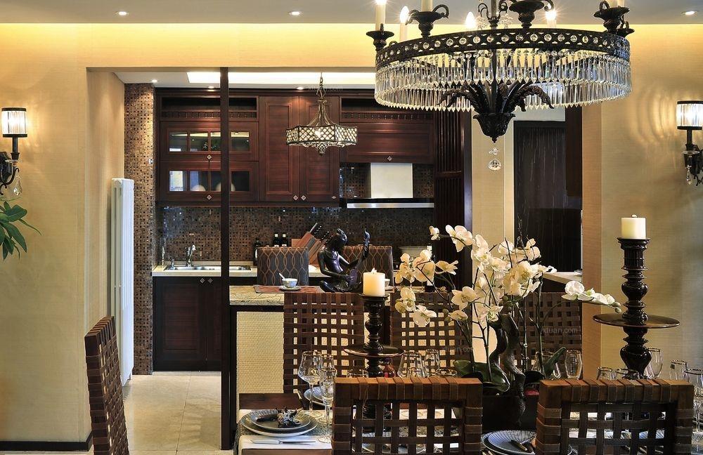 三居室现代风格餐厅软装