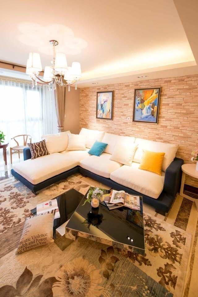 两室两厅现代简约客厅墙绘