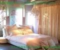 个性的阁楼和卧室装修效果图