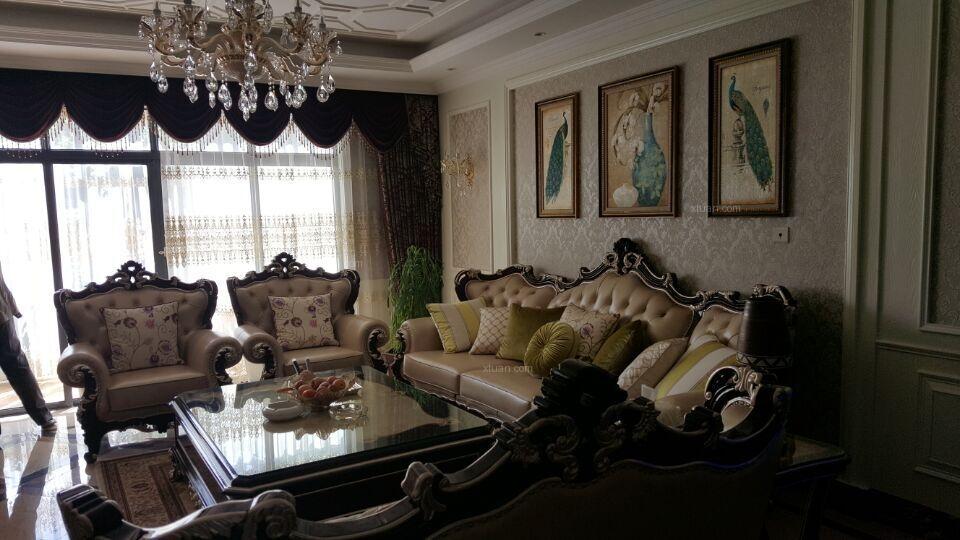 联排别墅欧式风格客厅沙发背景墙
