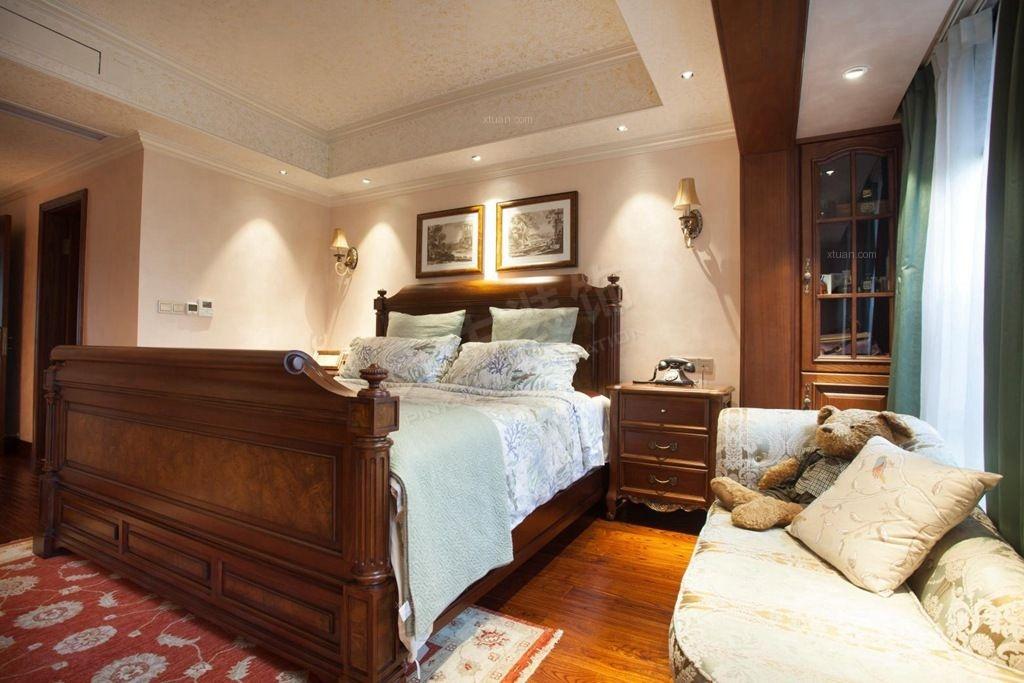 三居室美式风格主卧室图片
