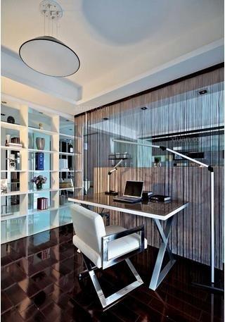 三室一厅现代简约书房