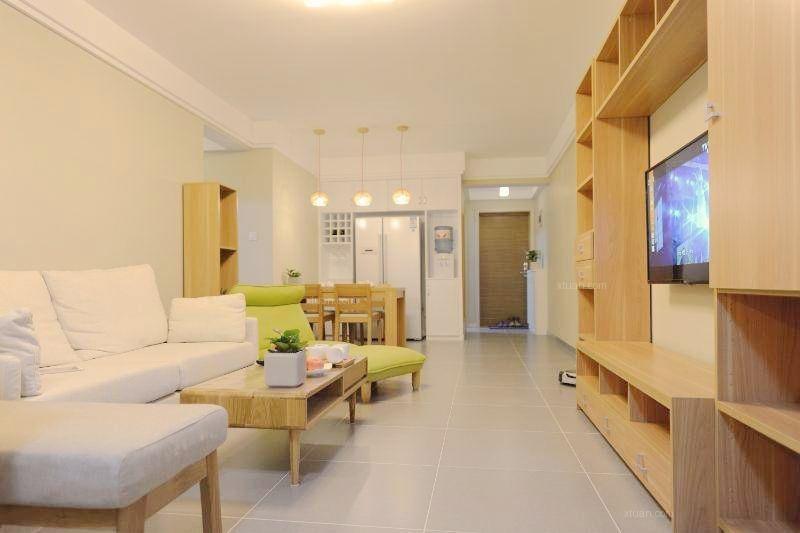两居室日式风格客厅电视背景墙