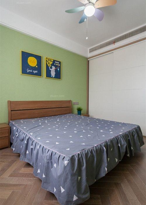 两室两厅现代简约小卧室