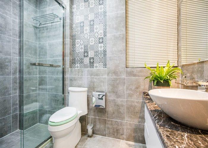跃层现代简约洗手间