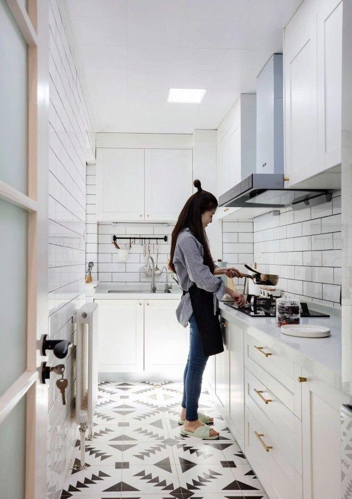 两居室北欧风格厨房_80平北欧风设计装修效果图