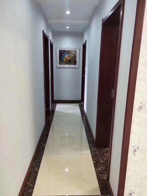 三室两厅新中式过道