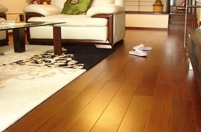 如何铺好木地板?