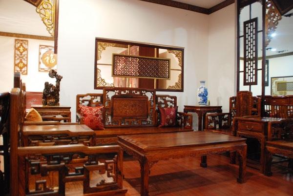 最新越南红木家具价格