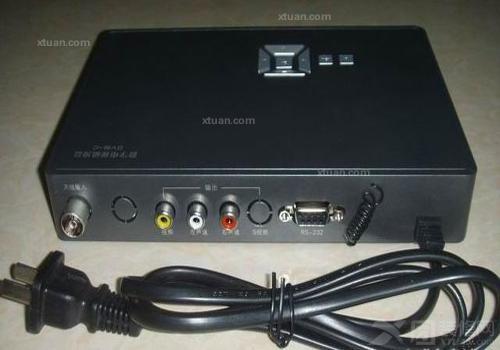 数字电视机顶盒破解方法:    1,用非与门电路或555电路制作一个开放