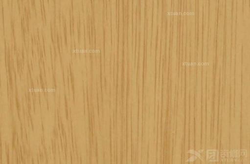 市场上饰面板一般有:樱桃木,胡桃木,榉木,枫木,影木,橡木,水曲柳