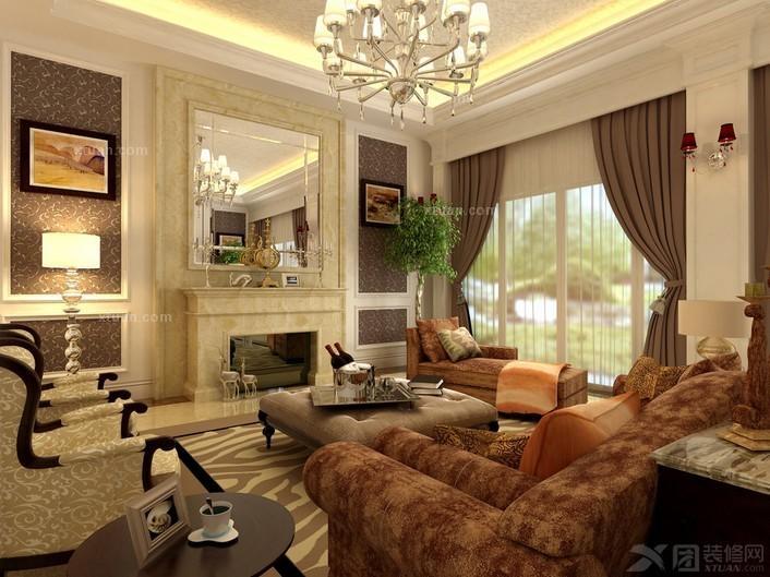 客厅装修中永垂不朽,搭配清爽的白色,还有低调灰色做铺垫,整个欧式客厅显得低调有奢华,家具上的精致雕刻彰显欧式不解的神秘感,不放过每一个细节上的处理。 欧式风格客厅设计(三)  镂空的吊灯透出星星点点的灯光,照亮了整个客厅设计效果,背景墙上的装饰镜金光闪闪,让欧式客厅变得气质不凡,同时还有些小华丽的感觉,素雅的沙发看起来简单又舒适,非常符合现代客厅设计的主题。 欧式风格客厅设计(四)  浅绿色的客厅背景墙在欧式装修中倒是难得一见,偶尔这样的清新美感倒也是一种很不错的家居体验。简单大气的沙发椅,注重细节的处理