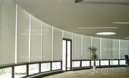 x团装修网 学装修 工装装修 办公室装修 办公室窗帘-办公室用什么窗帘